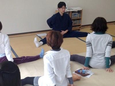 体操、日常のケアを学ぶ…体操教室